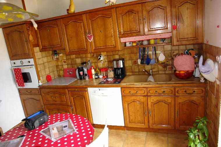 Repeindre une vieille cuisine renover les meubles de - Repeindre une vieille cuisine ...