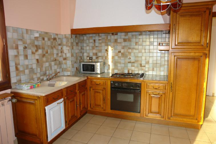 R novation cuisine valence romans mont limar for Peinture renovation cuisine bois